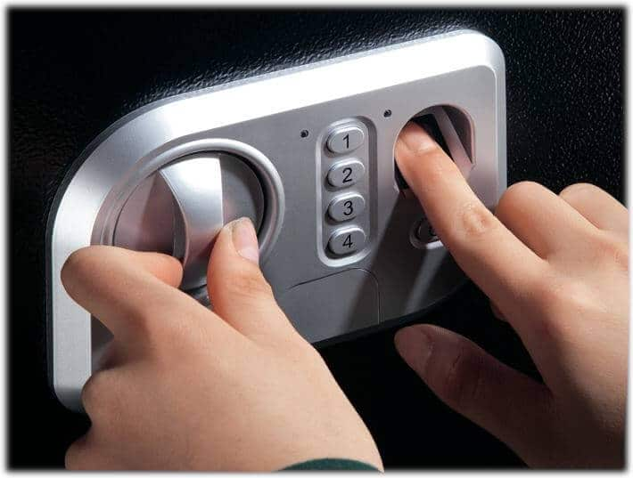 Stack-On Biometric Personal Weapon Safe